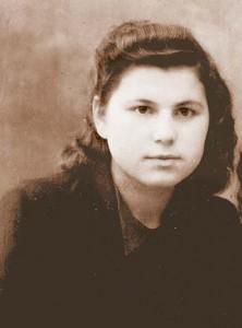 Шура Левашова (слева). Послевоенные годы