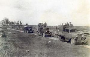 РБМ-9998-4а  Фотография Колонна грузовиков с имуществом_