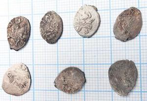 Серебряные копейки, 17 в - пример находок из верхних слоев