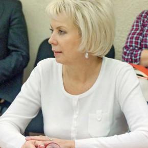 Лариса Ушакова: «Бюджет будет сложный, но это не значит, что ничего делать не надо»