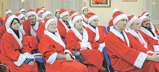 Готовимся к «НаШествию»: в Рыбинске открылась «Школа Деда Мороза»