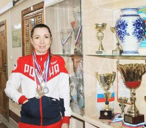 Старший тренер Елена Иванова