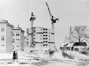 Строительство 9-этажного дома на Волжской наб., 1960-е