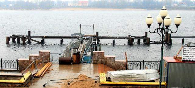 Сдачу рыбинского причала задерживает паводок