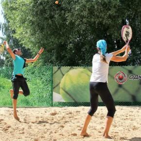 Пляжный теннис: сыграем в лето?