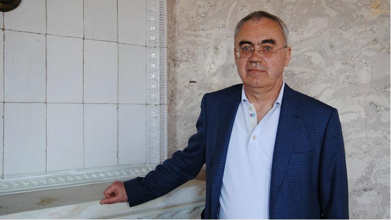 Олег Жаров