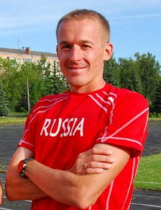 Никита Александров бег с барьерами