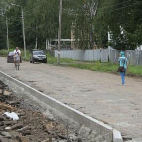 В Переборах начался ремонт улицы Инженерной